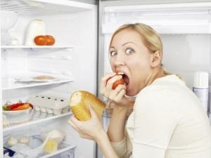 Неправильное питание - причина жирных волос