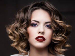 Окрашивание омбре для придания волосам густоты