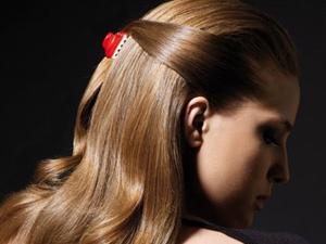 Длинные волосы с крабиком