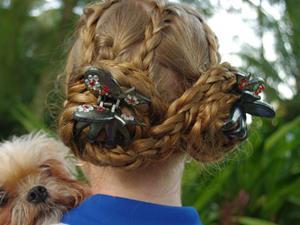 Крабики на плетеных косах