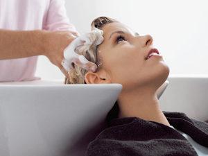 Мытье волос перед процедурой