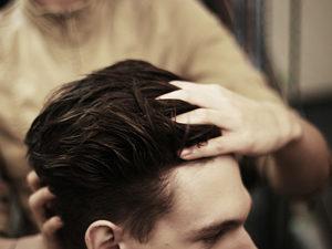 Нанесение геля для волос