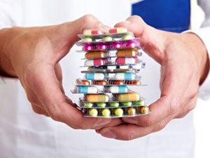 Некоторые виды медикаментов - причина выпадения волос