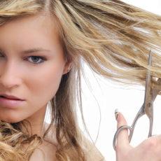 Стрижка волос при месячных