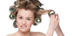 Волосы на бигудях