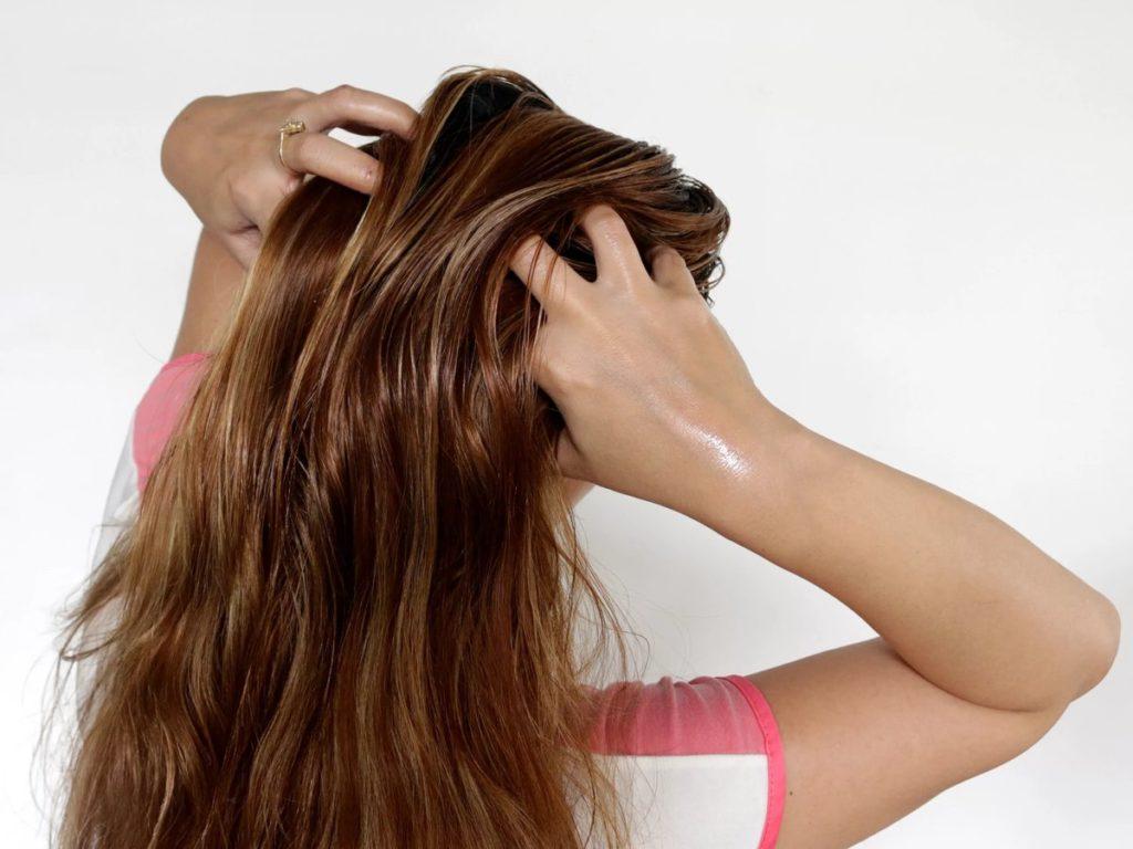 Массирование волос