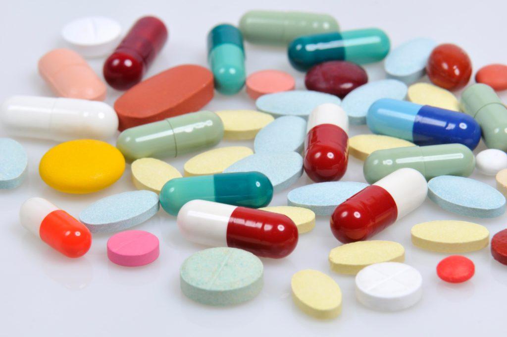 Лекарственная помощь