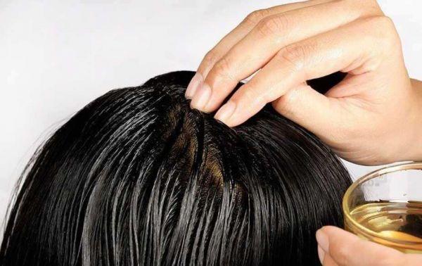 Наносим на волосы
